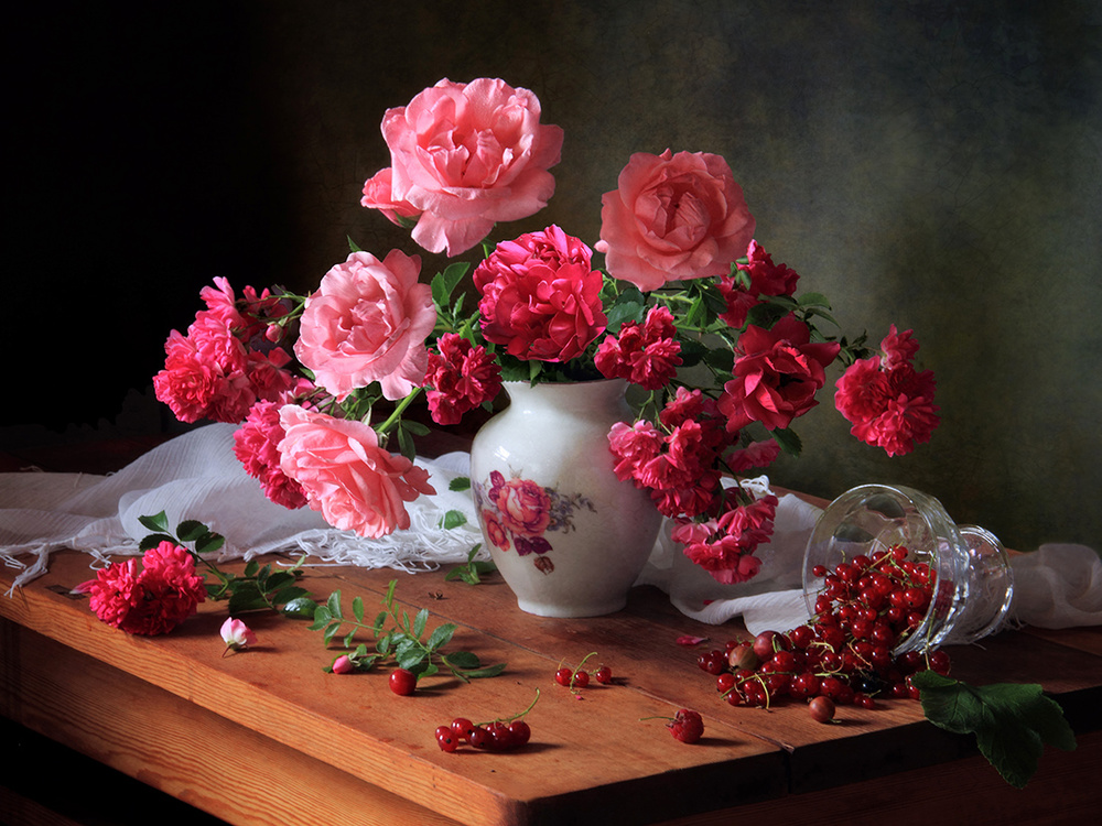 A piece of fine art art photography titled Still Life With Roses and Berries by Tatyana Skorokhod (Татьяна Скороход)