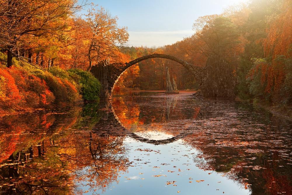 A piece of fine art art photography titled Autumn Lake by Daniel Řeřicha