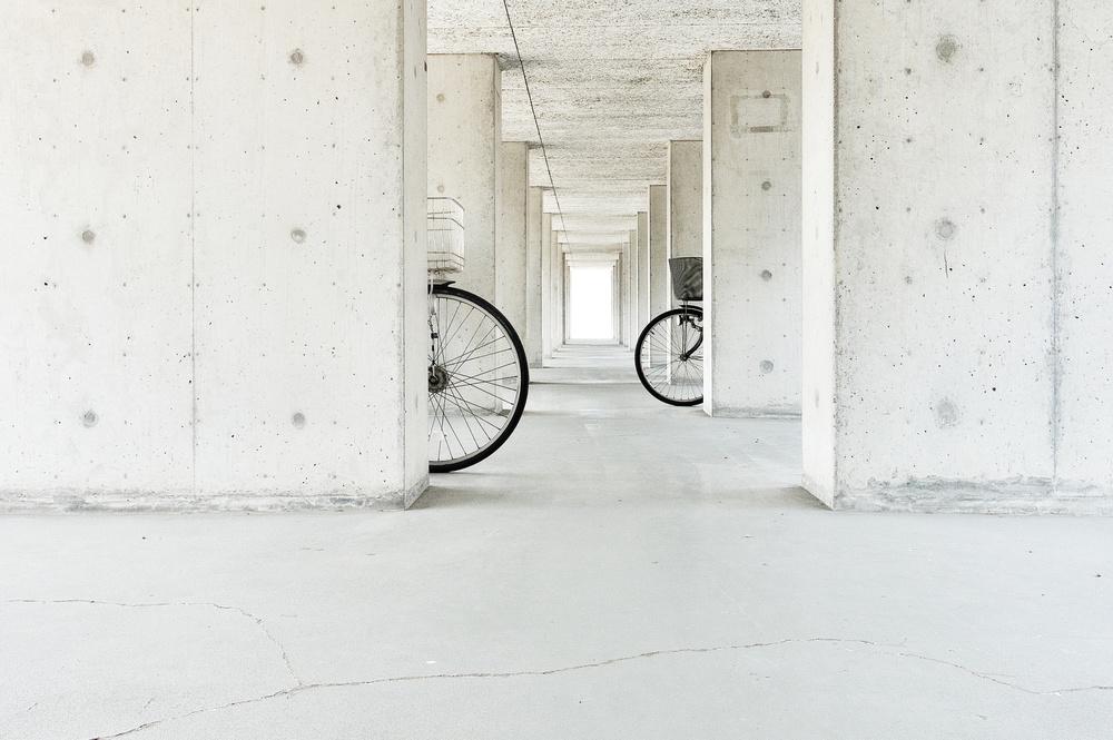 A piece of fine art art photography titled  White Basket,black Basket by Keisuke Ikeda @ blackcoffee