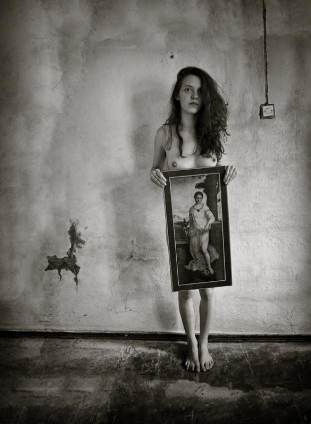 A piece of fine art art photography titled Untitled by Oleg Proydisvet