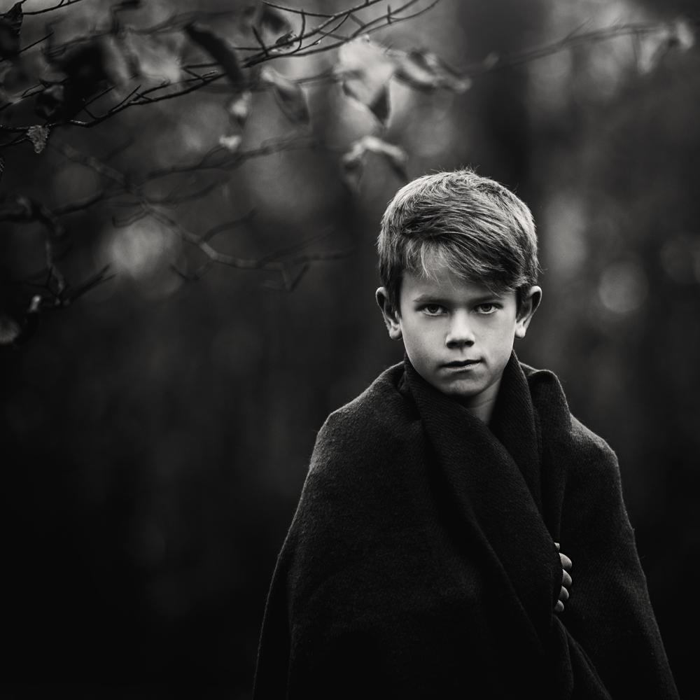 A piece of fine art art photography titled Untitled by Magnus Lindqvist