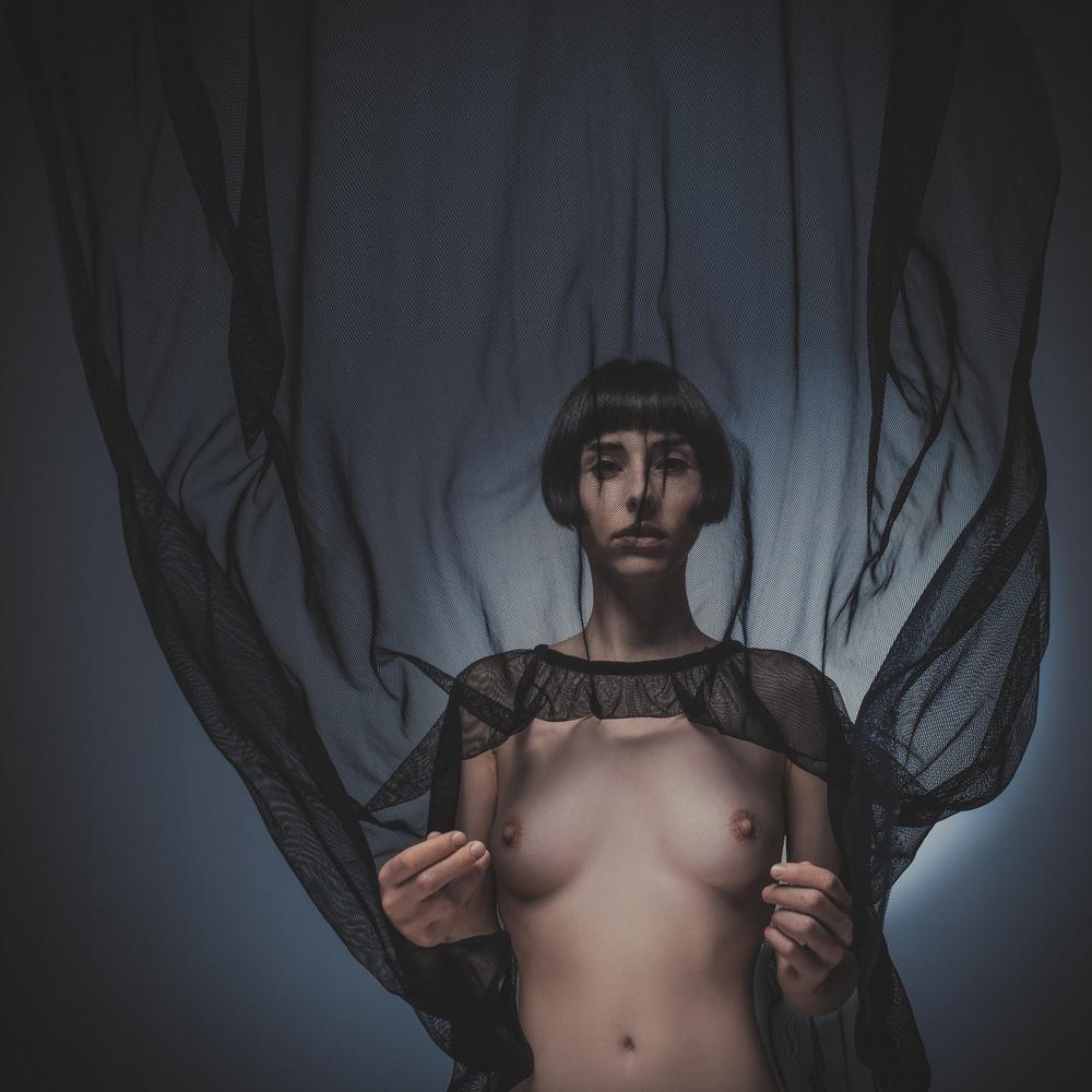 A piece of fine art art photography titled Antigravity by Kalynsky