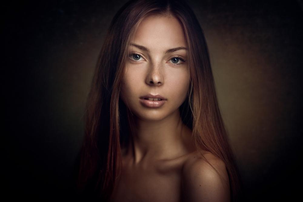 A piece of fine art art photography titled Vika by Konstantin Pilipchuk