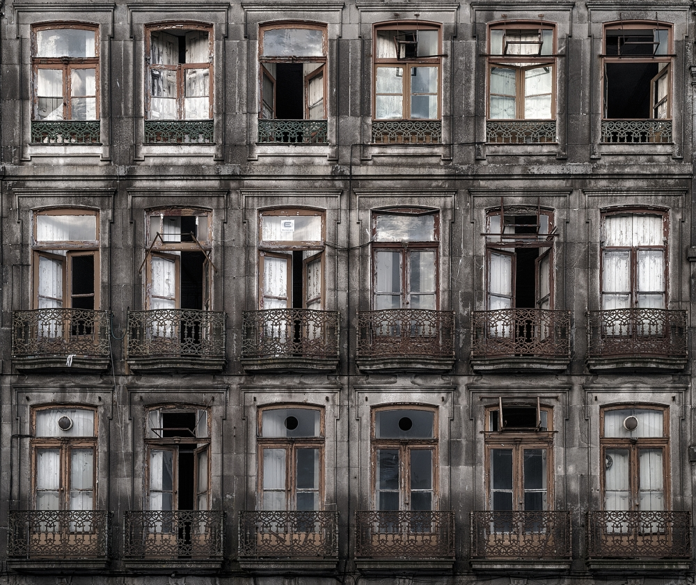 A piece of fine art art photography titled Decay by Fran Osuna