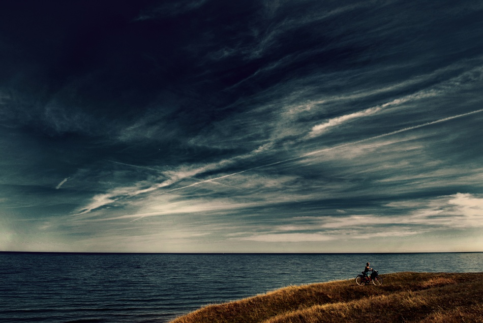 A piece of fine art art photography titled Endless Sea II by Kristoffer Jonsson