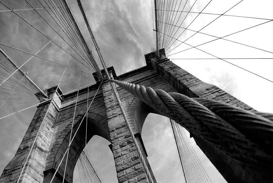 A piece of fine art art photography titled Brooklyn Bridge by Philipp Tonn
