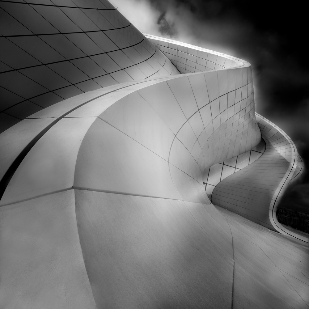 A piece of fine art art photography titled Curves by Olavo Azevedo
