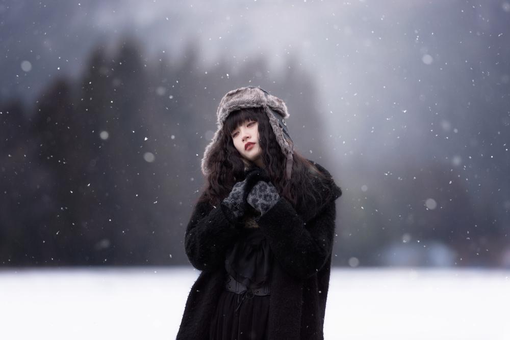 A piece of fine art art photography titled Winter Comes Again by Yuki Yatsushima