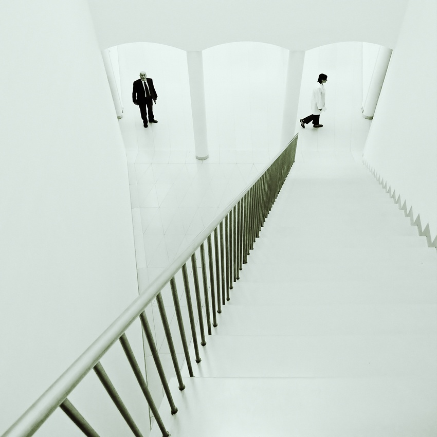 A piece of fine art art photography titled In the Gallery #5 by Henrik Müller
