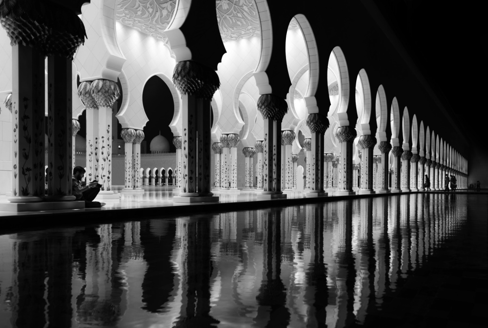 A piece of fine art art photography titled Sheikh Zayed Mosque by yousef almasoud