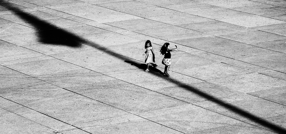 A piece of fine art art photography titled Untitled by Jian Wang