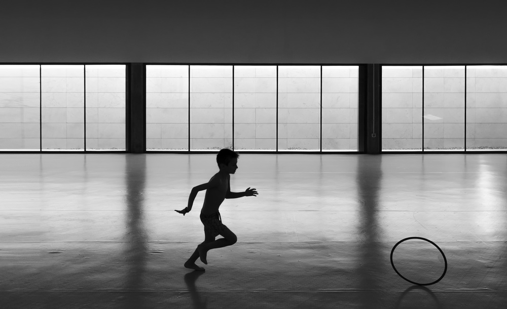 A piece of fine art art photography titled Playing With the Light by Andrés Gámiz