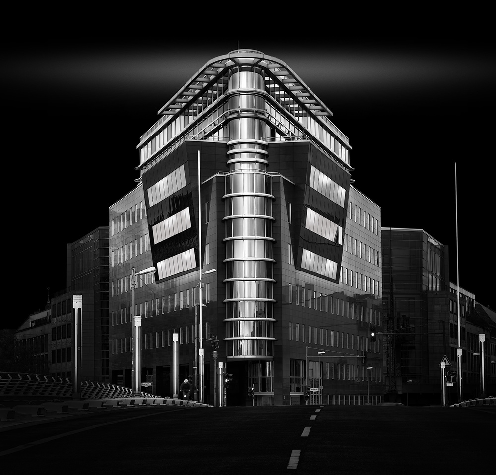 A piece of fine art art photography titled Berlin 16 by Wolfgang Mothes