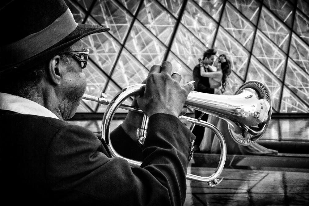A piece of fine art art photography titled Trumpet A-go-go by Tom Baetsen - xlix.nl