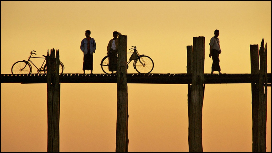 A piece of fine art art photography titled Silhouettes by Jef Van den Houte