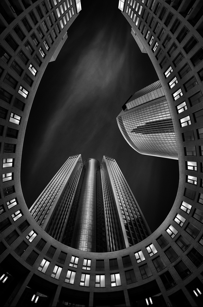 A piece of fine art art photography titled Oval by Wolfgang Mothes