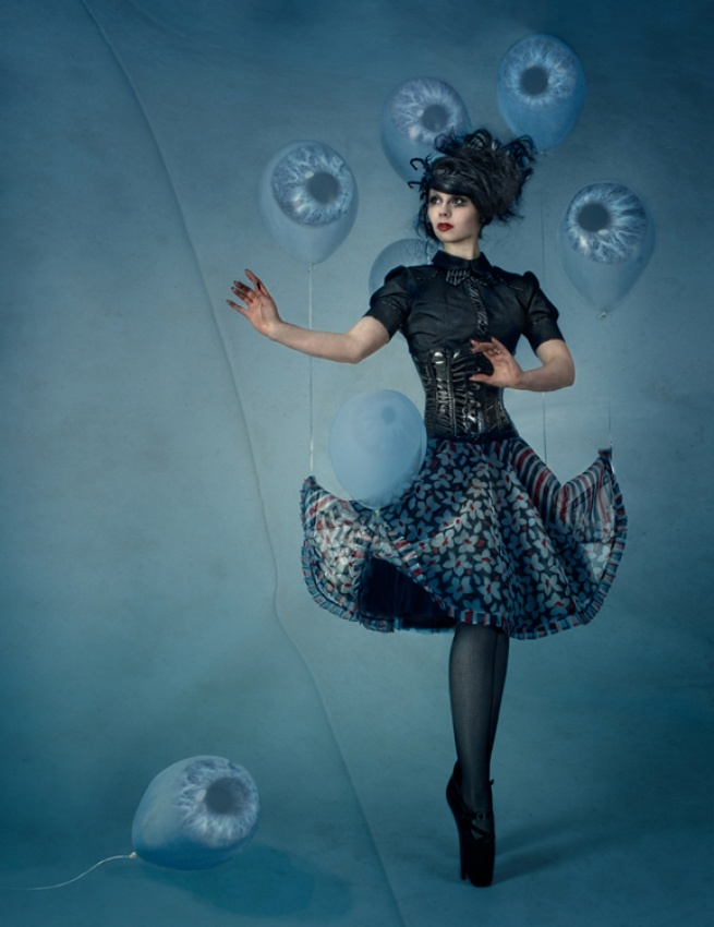 A piece of fine art art photography titled All EyeS On Me! by Peter Kemp