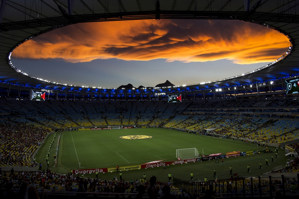 A piece of fine art art photography titled Maracanã by Daniel Rodrigues