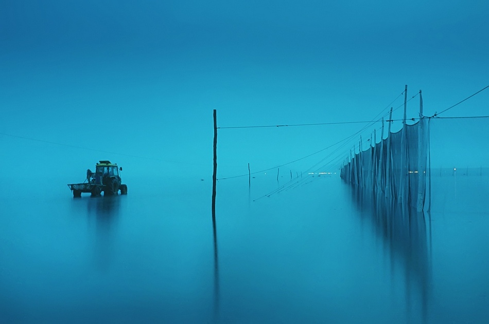 A piece of fine art art photography titled Ebb Tide by kubookigoon