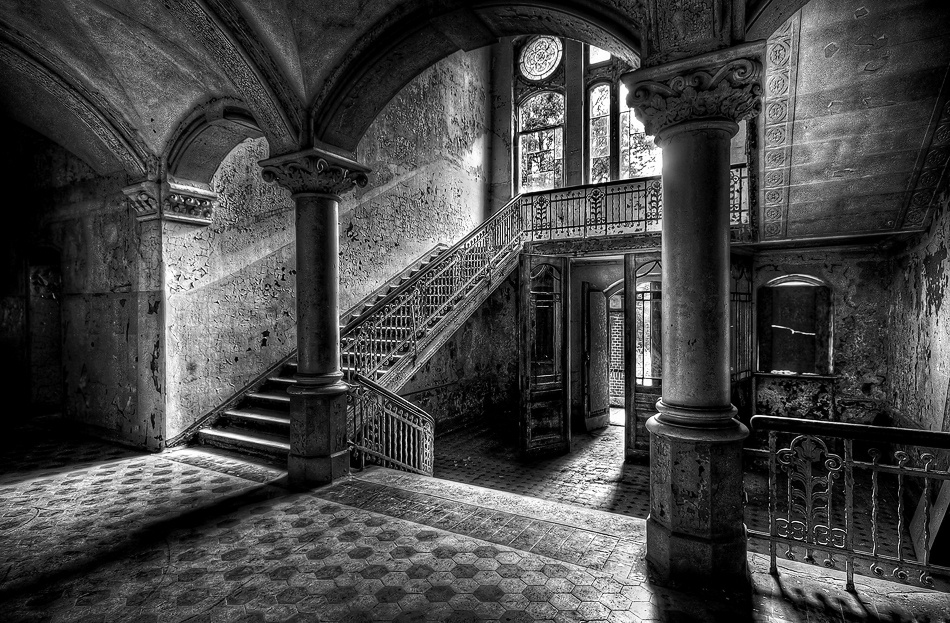 A piece of fine art art photography titled OpenDoorPolicy by Sebastian Schmidt