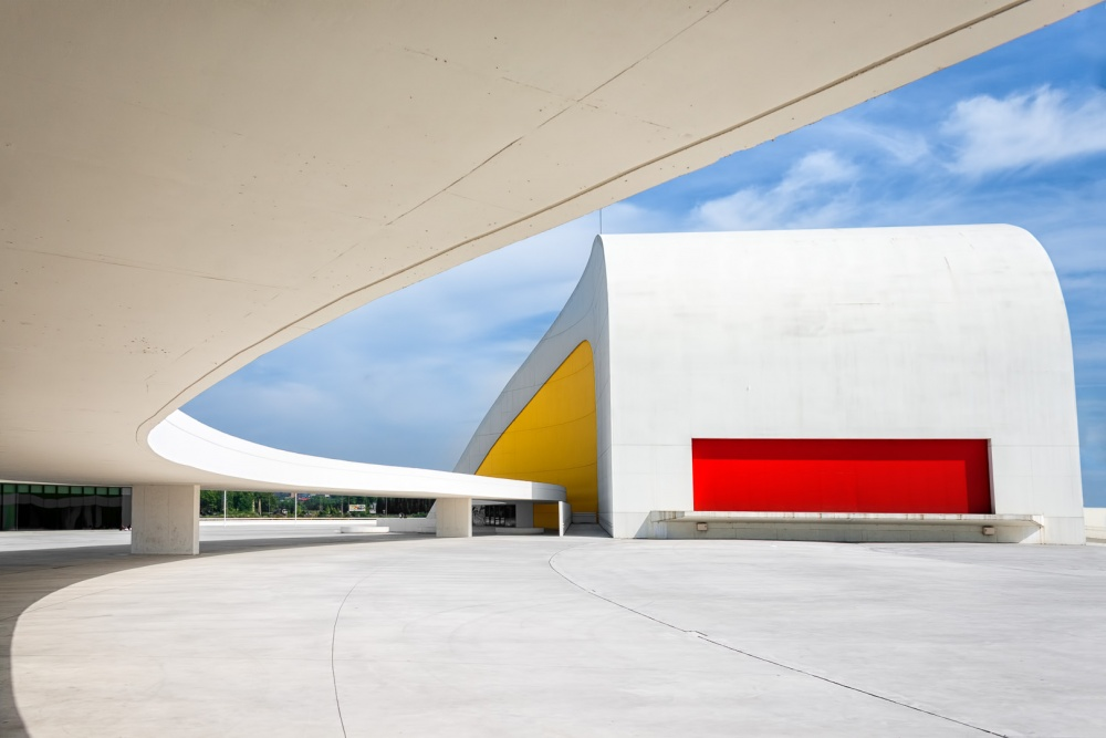 A piece of fine art art photography titled Niemeyer I by Tomás San Andrés