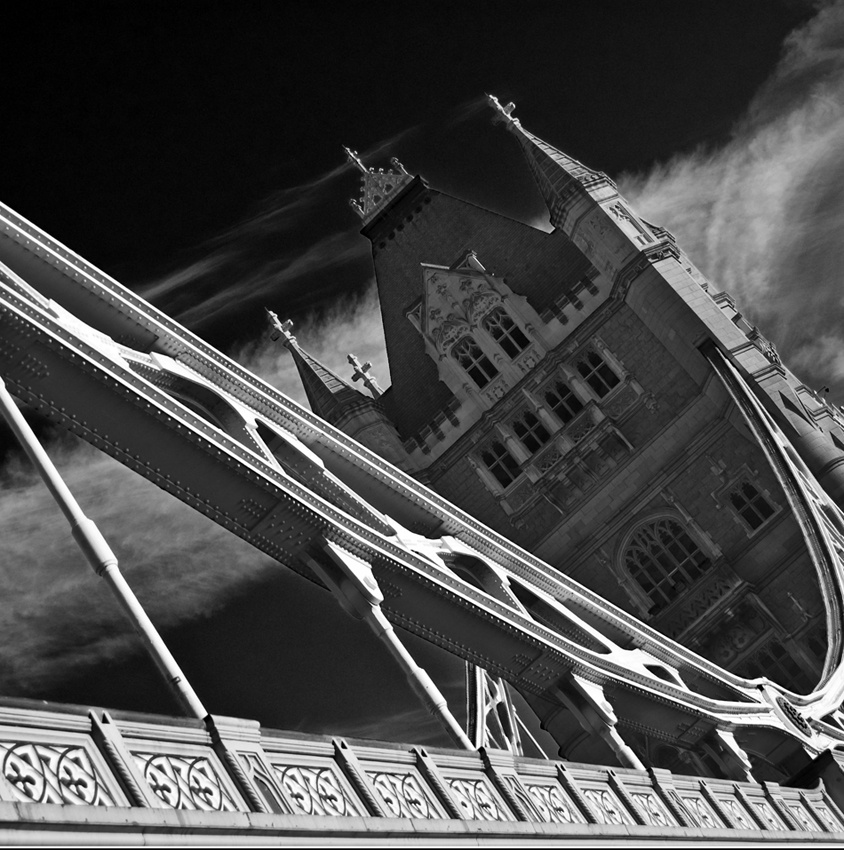 A piece of fine art art photography titled Tower Bridge by bwarts