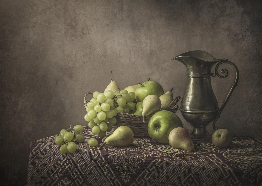 Fresh fruits in the morning light...