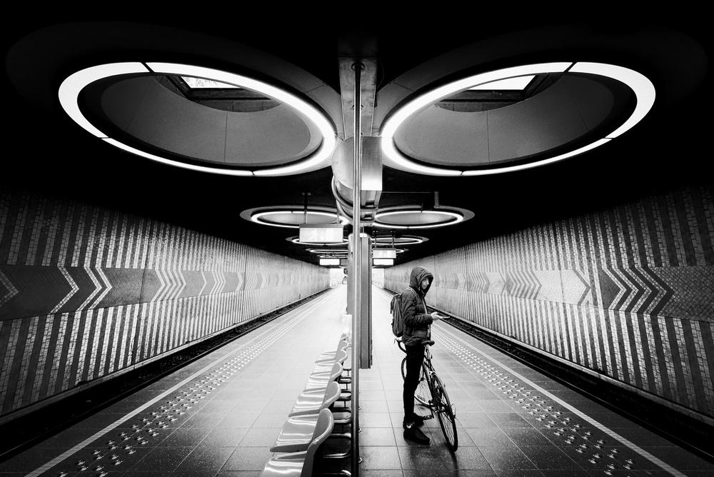 View this piece of fine art photography titled O centro sísmico do mundo by jorge pimenta