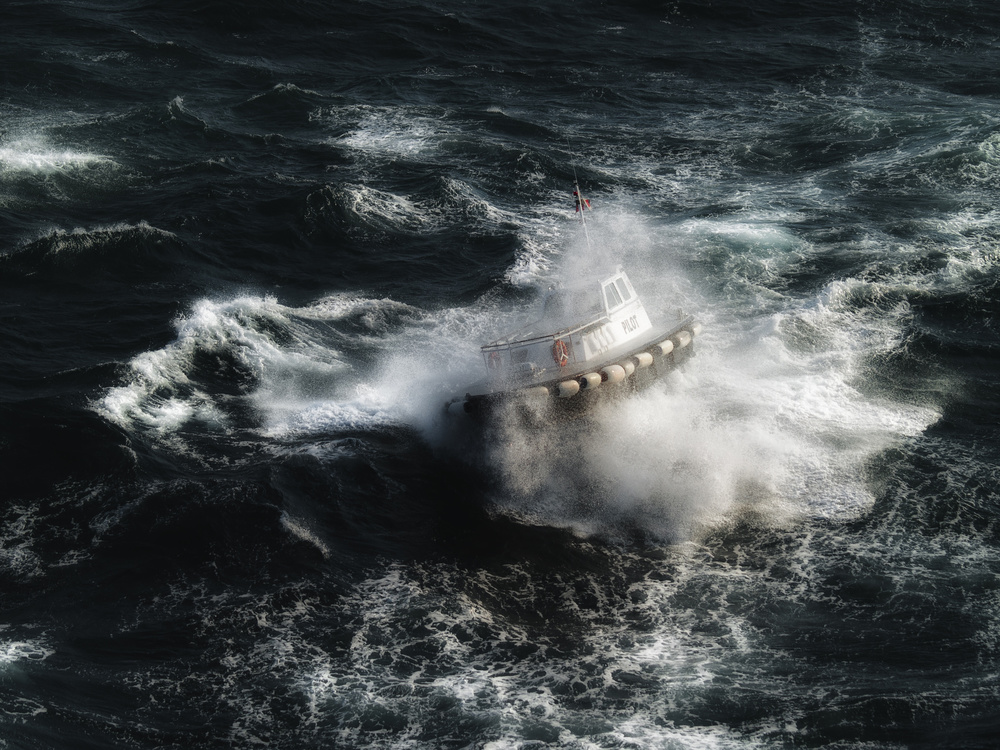 The boat in the tempest