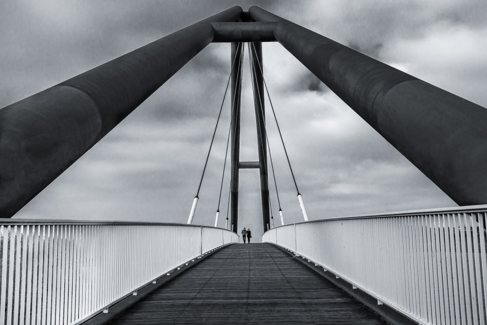 A piece of fine art art photography titled Crossing the Lines by Roelof de Hoog