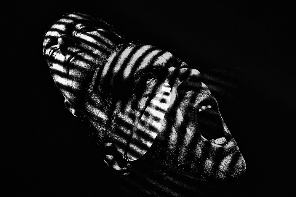 A piece of fine art art photography titled Eresia by Claudio Montegriffo (Nero)