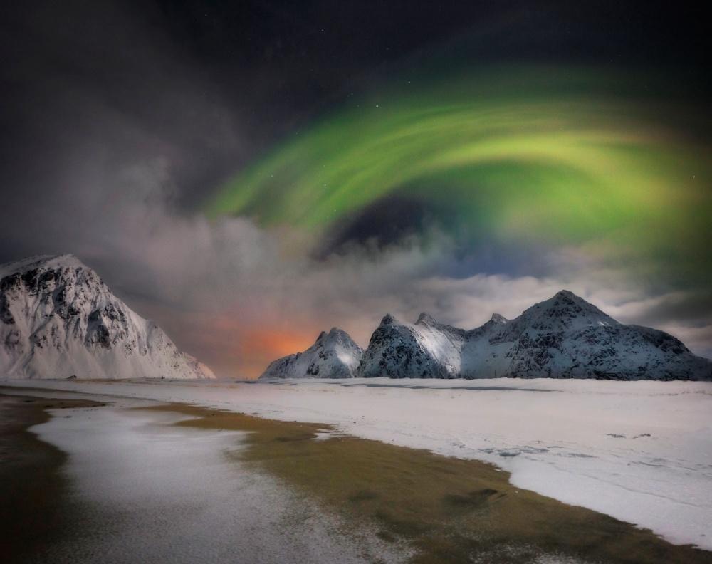 A piece of fine art art photography titled Northern Lights by Ignacio Palacios