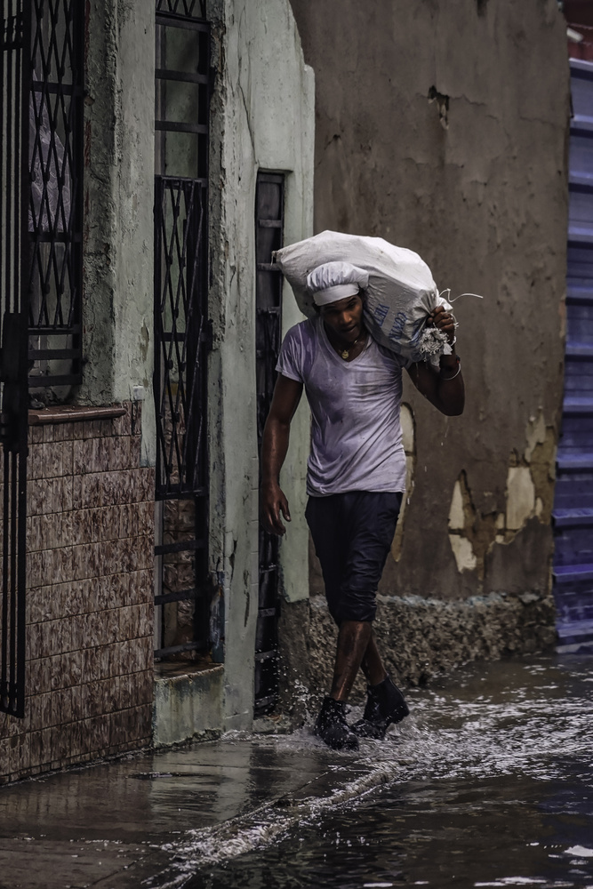 A piece of fine art art photography titled Flooding Havana by Andreas Bauer