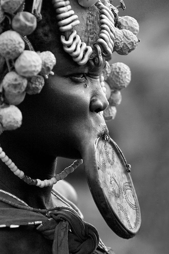 Mursi woman - Ethiopía