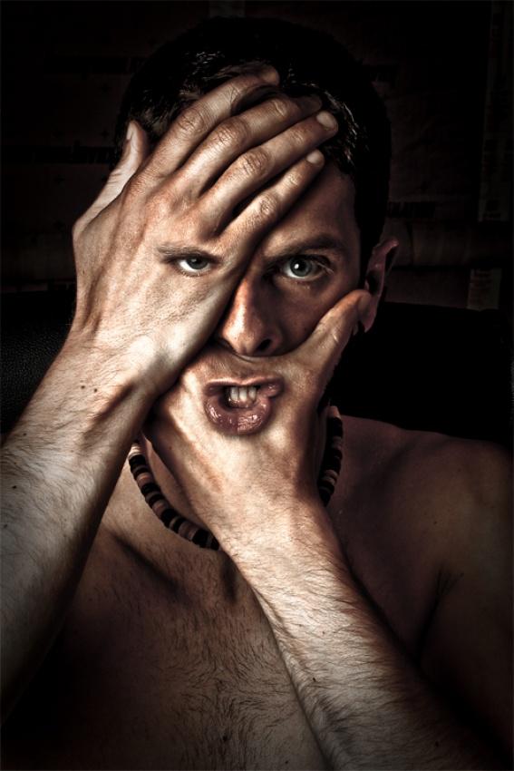 A piece of fine art art photography titled J'dirai Rien, J'ai Rien Vu ! by Ludovic Charbonneau