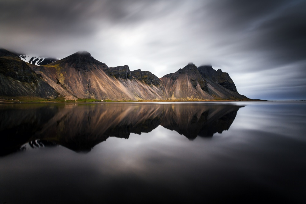 A piece of fine art art photography titled Mirroring by Sus Bogaerts