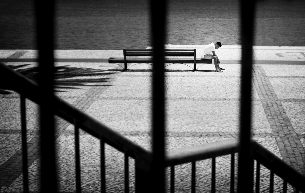 Jailed thoughts