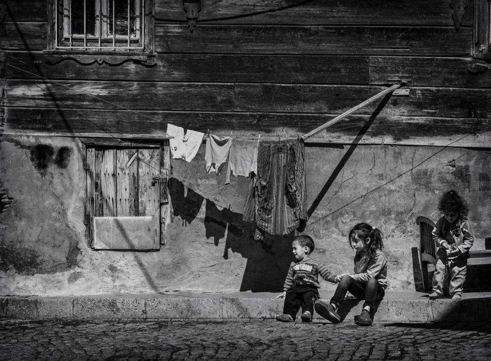 A piece of fine art art photography titled Children by Ömer Ateş Kızıltuğ