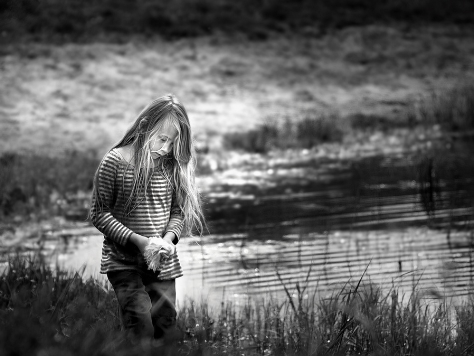 A piece of fine art art photography titled Thoughts by Paula Loonen