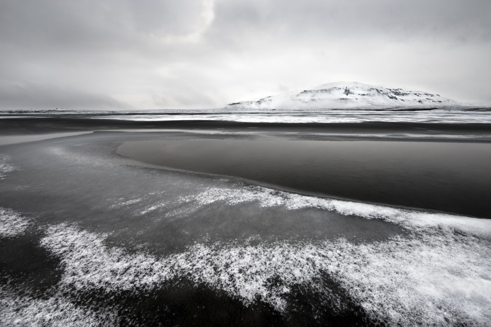 A piece of fine art art photography titled Icelandic Lake by Liloni Luca