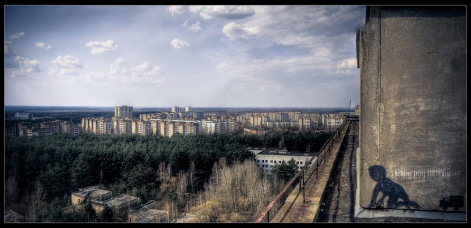 A piece of fine art art photography titled 10000mR by Serhiy Schelkunov