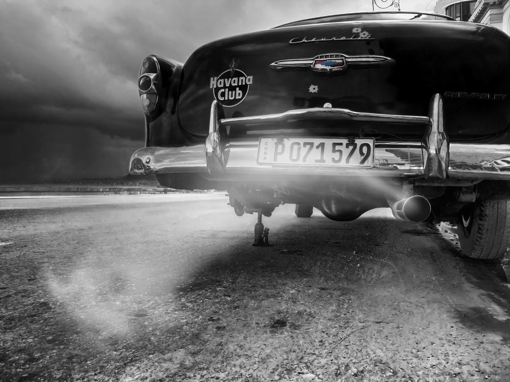 A piece of fine art art photography titled P 071579 by Svetlin Yosifov