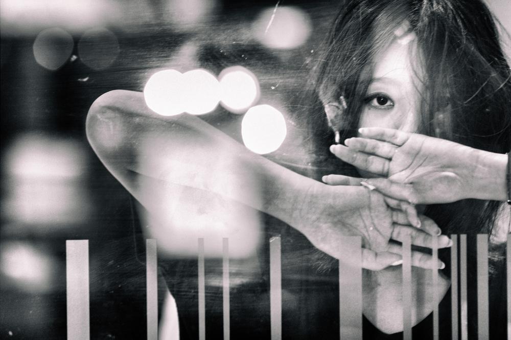 A piece of fine art art photography titled Risa by Daisuke Kiyota