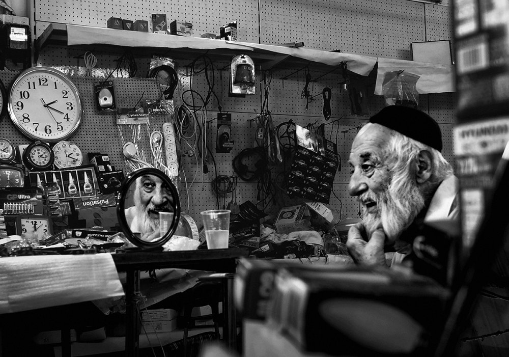 A piece of fine art art photography titled Tel Aviv 2017 by Orna Naor