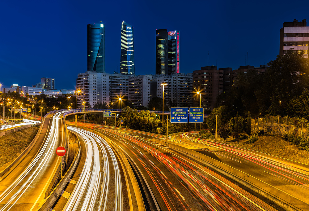 A piece of fine art art photography titled Madrid Night 10 by David Ros
