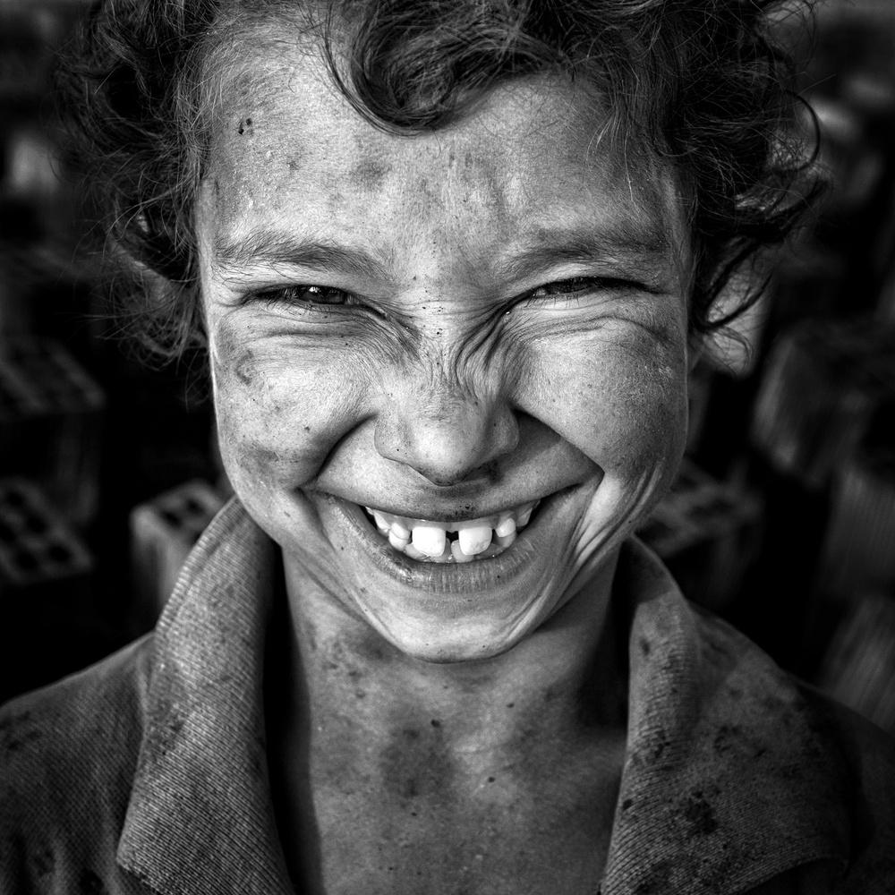 A piece of fine art art photography titled V by Mohammadreza Momeni