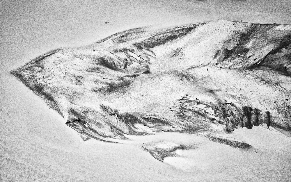 A piece of fine art art photography titled Sand Dance by Zhou Chengzhou