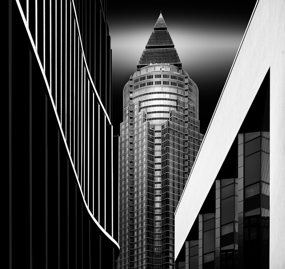 A piece of fine art art photography titled Messeturm by Wolfgang Mothes