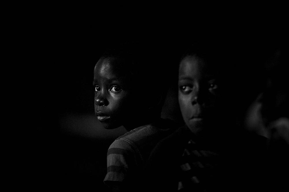 A piece of fine art art photography titled Noite by Luís Godinho