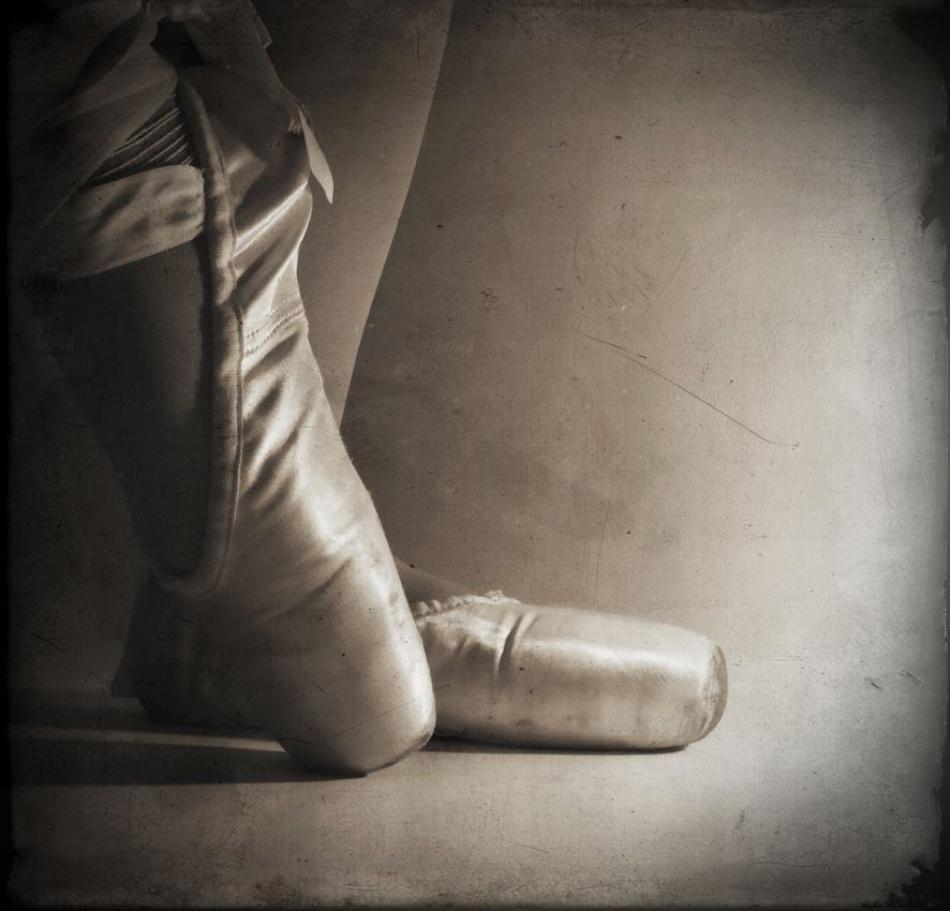 A piece of fine art art photography titled Danser**#1 by Simona Carli